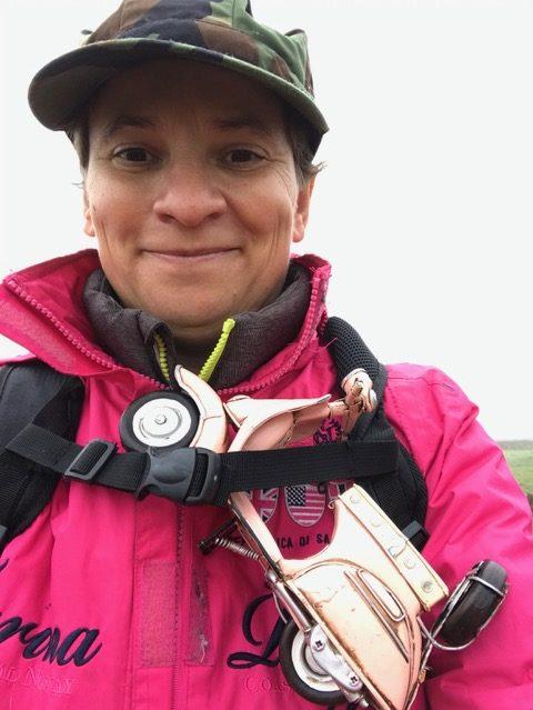 Emmanuelle Prot, la photographe au petit scooter rose